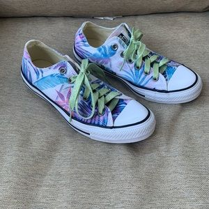 Converse Tropical print  Sneakers